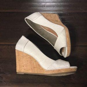 TOMS Peep Toe Wedge Sandals sz 6.5